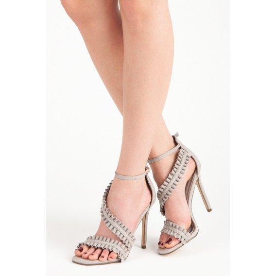 Sandále na podpätku s volánmi LE045G