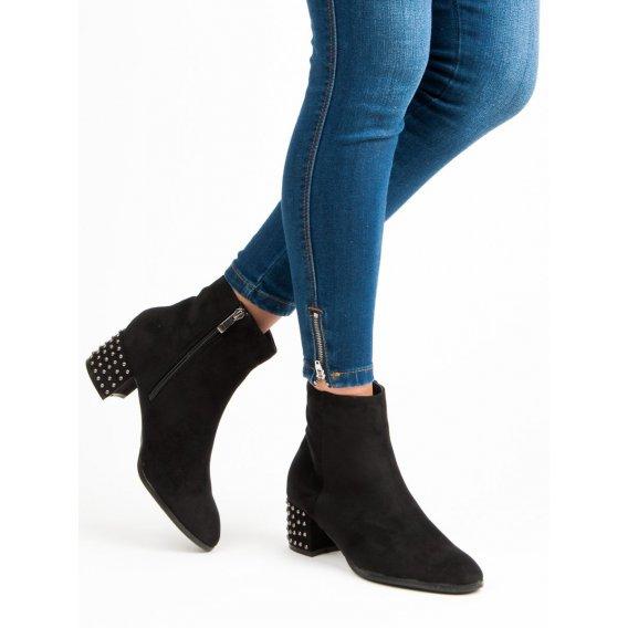 Elegantné semišové topánky DBT540/18B