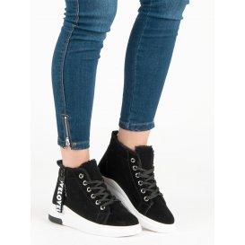 Zateplené čierne tenisky