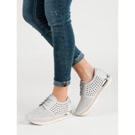 Dierkované šedé topánky