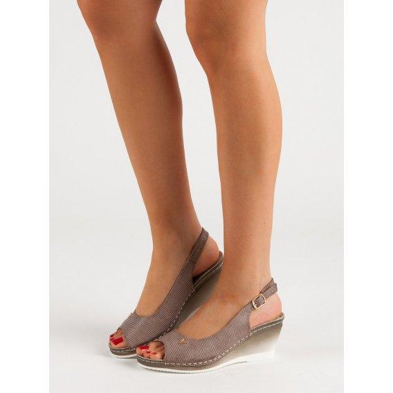 Béžové sandále Vinceza
