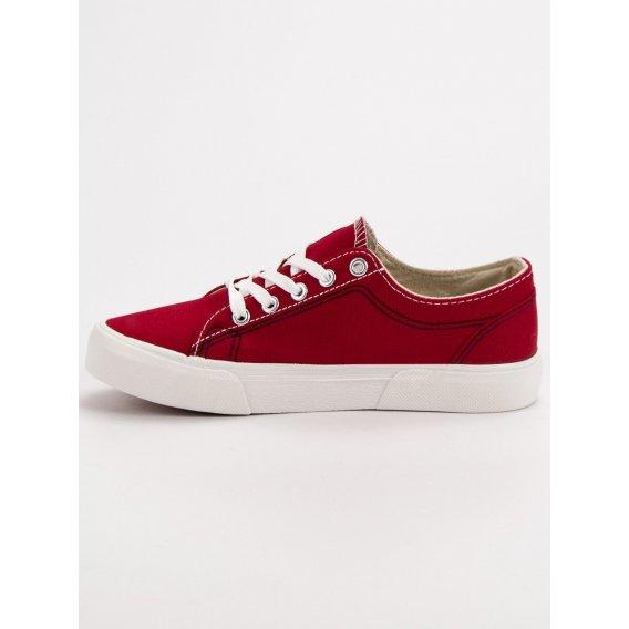 Červené tenisky