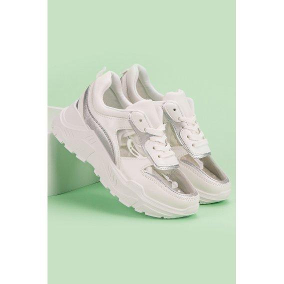 Priesvitné sneakersy