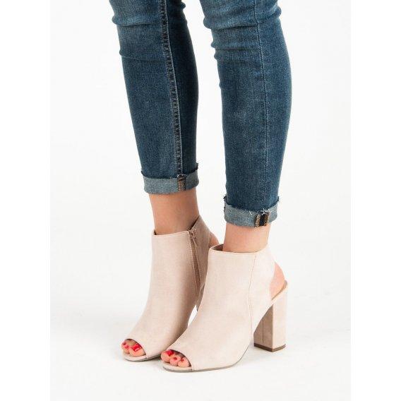 Sandále svetlo ružové
