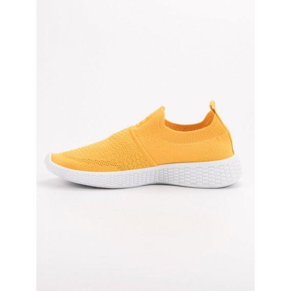 Módne textilné topánky