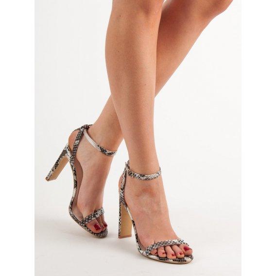 Sandále so zvieracou potlačou