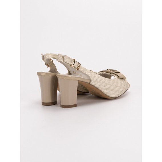 Elegantné sandále s mašľou