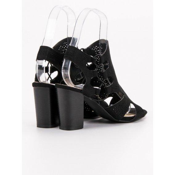 Módne čierne sandále