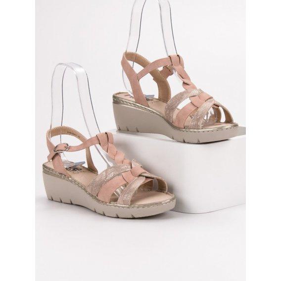 Ľahké sandálky