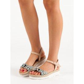 Módne sandále espadrilky