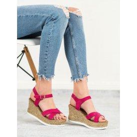 Fuksiové semišové sandále