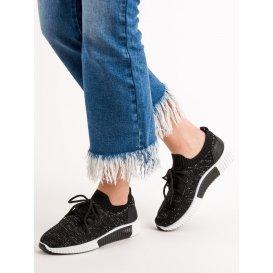 Čierne nazúvacie topánky
