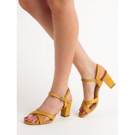 Horčicové sandále