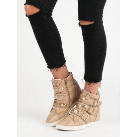 Pohodlné sneakery
