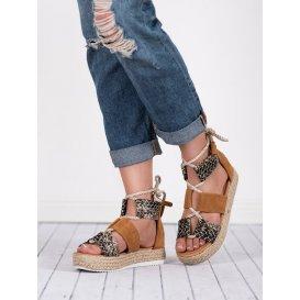 Hnedé sandále