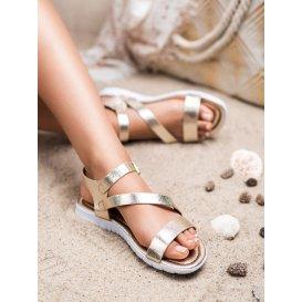 Sandále so sponou