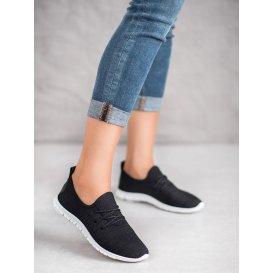 Čierna textilná obuv