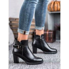 Elegantné jesenné topánky