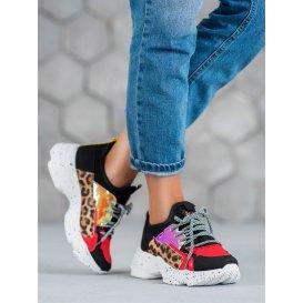 Športové topánky s leoparďou potlačou