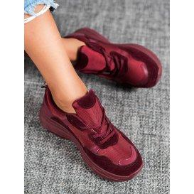 Bordové športové topánky