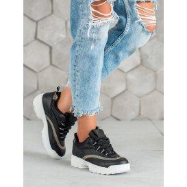 Módne dámske sneakersy