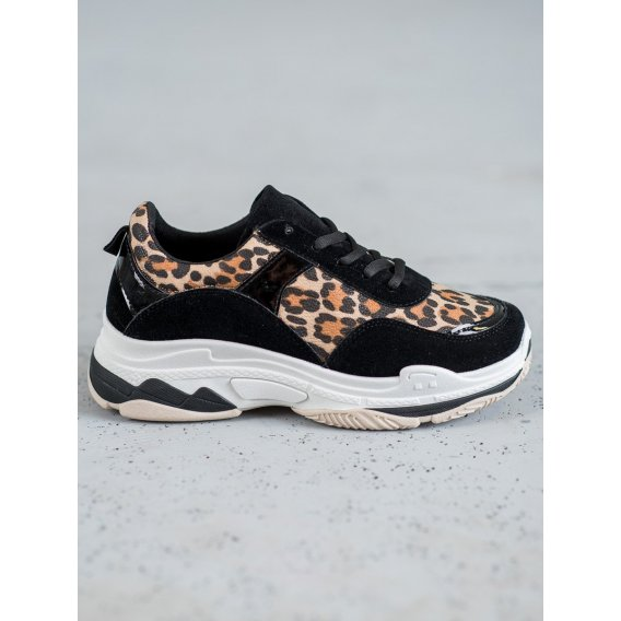 Sneakersy s leopardím vzorom