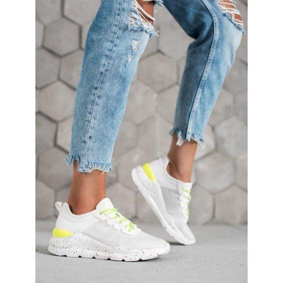 Klasické športové topánky