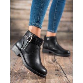 Čierne topánky z eko kože