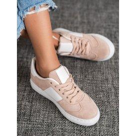 Sneakersy s cvokmi