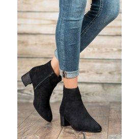 Klasické semišové topánky