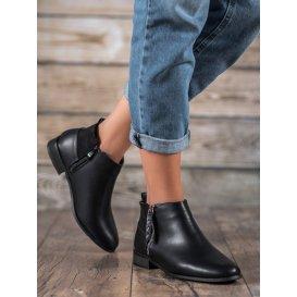 Nízke topánky z eko kože