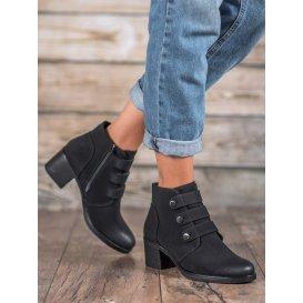 Topánky na podpätku Vinceza