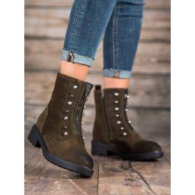 Vysoké topánky s korálkami