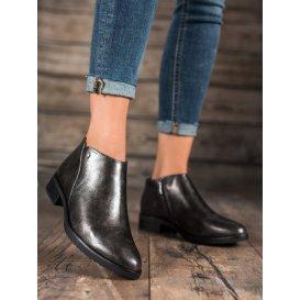 Topánky na plochom podpätku