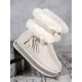 Snehule so strapcami