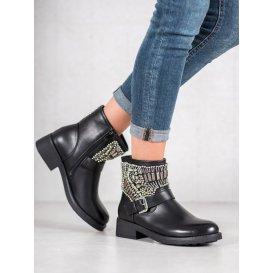 Členové topánky s kryštálmi