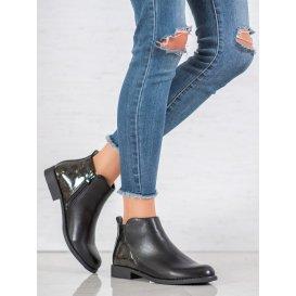 Dámske členkové topánky na plochom podpätku