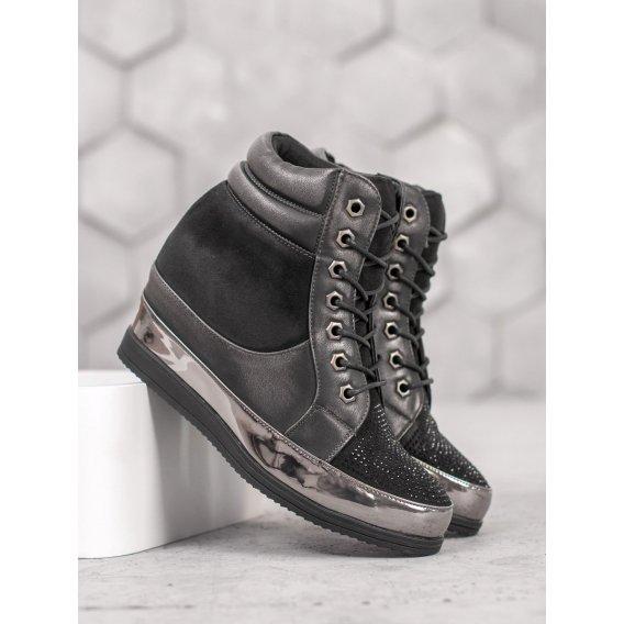 Sneakersy s kryštálmi