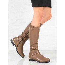 Béžové čižmy pod kolená