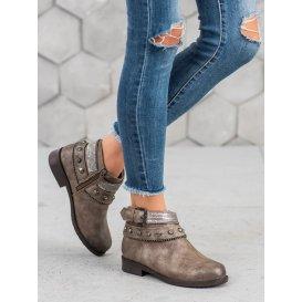 Členkové topánky s cvokmi