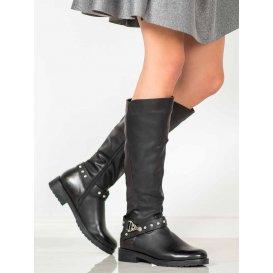 Čierne čižmy pod kolená
