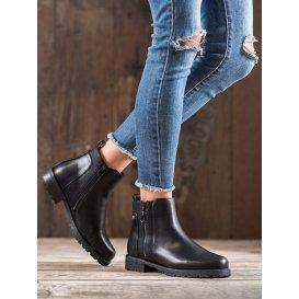 Čierne topánky na zps