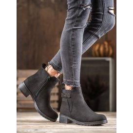 Módne semišové členkové topánky