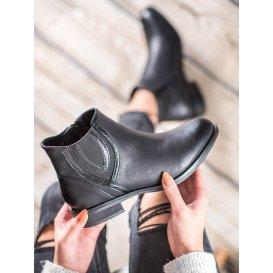 Módne členkové topánky z eko kože