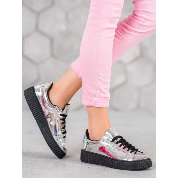 Strieborné topánky na platforme