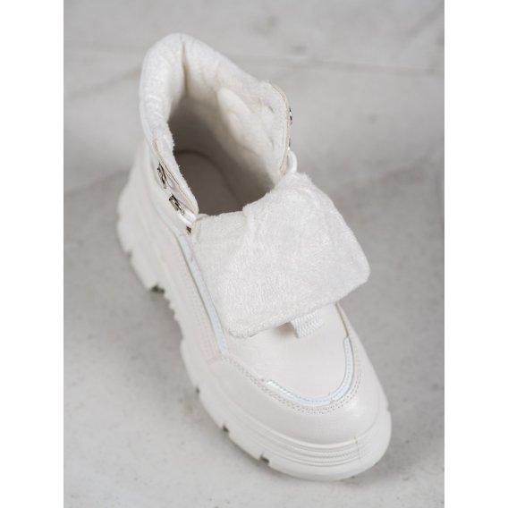 Zateplené sneakersy