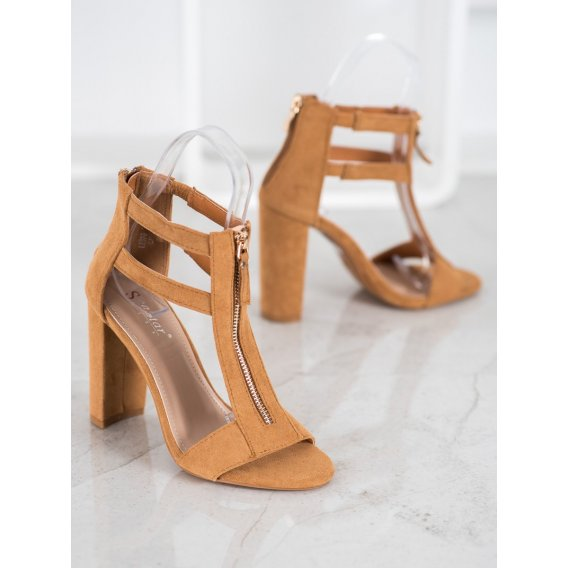 Sandále so zipsom