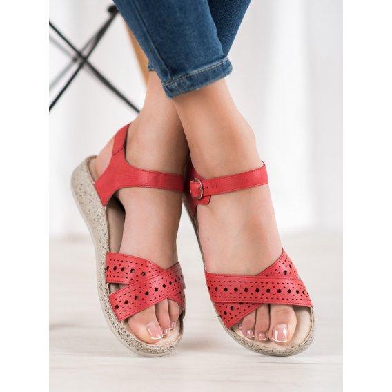 Ľahké sandále na platforme