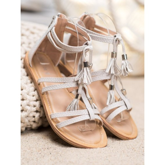 Šedé sandálky so strapcami