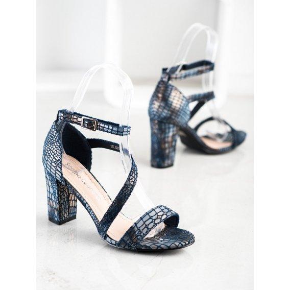 Sandálky s hadím vzorom